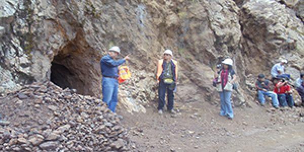 "capacitación en mina "" mineros artesanos de mollepiña """